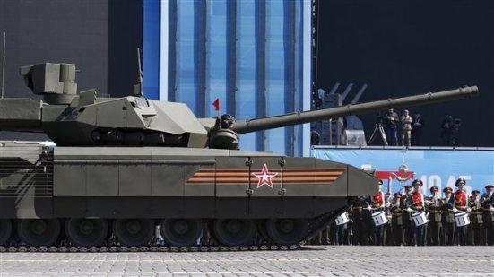 150508_e24ik_tank-armata-russie_sn635