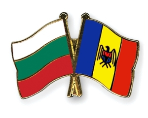 flag-pins-bulgaria-moldova