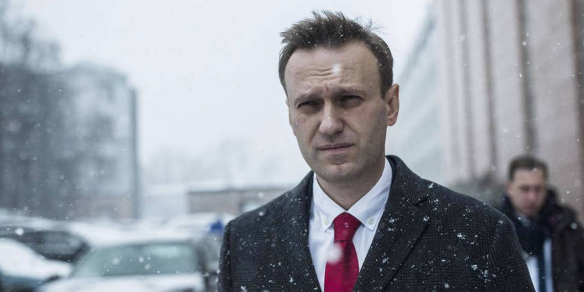 12660911lpw-12660961-article-cec-bars-alexei-navalny-from-running-for-russian-presidency-jpg_4866974_1250x625